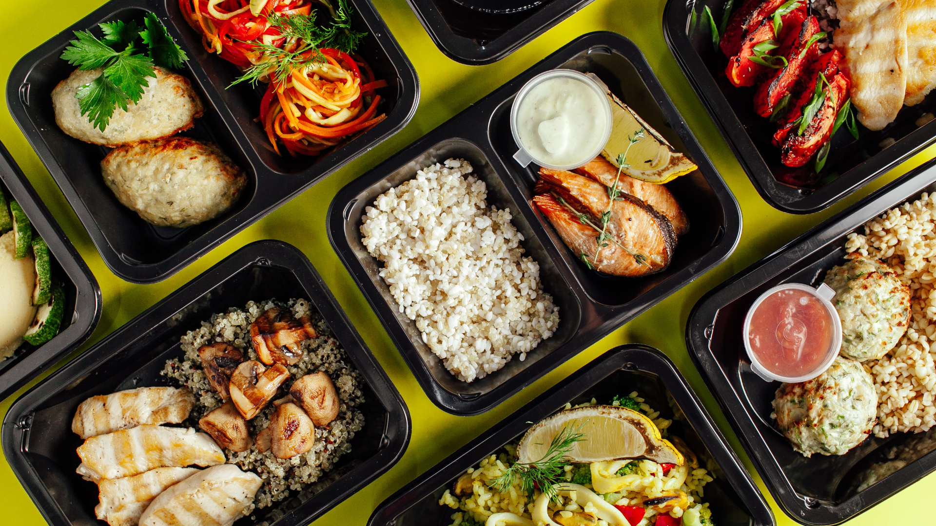Various meals in prepping containers